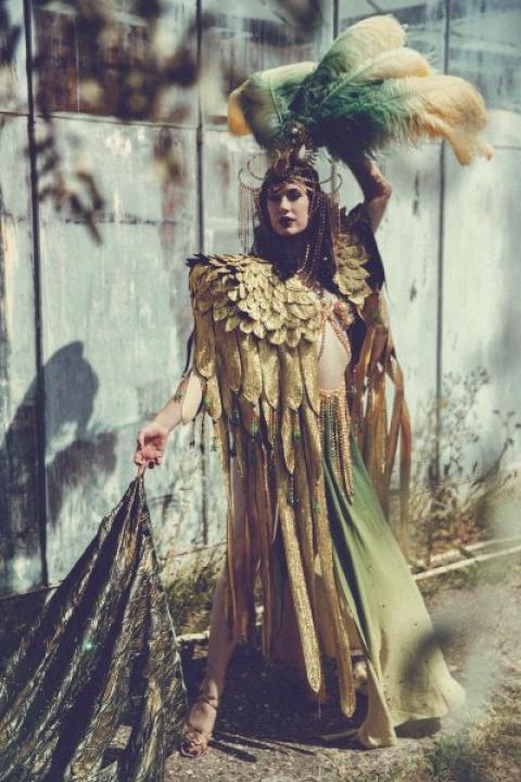 0_perf_003 betsy_rose_-sara-_costantini_-costume3